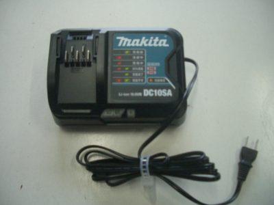 マキタ 10.8V 充電器