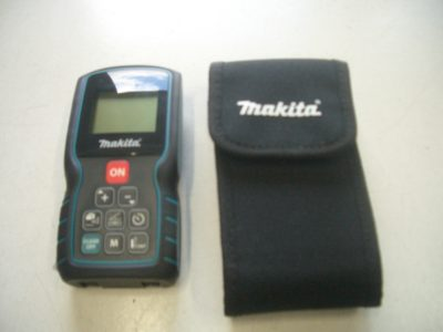 マキタ レーザー距離計